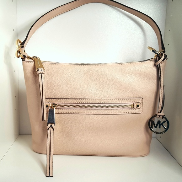 136076b482de Michael Kors Rhea Zip Convertible Leather Bag